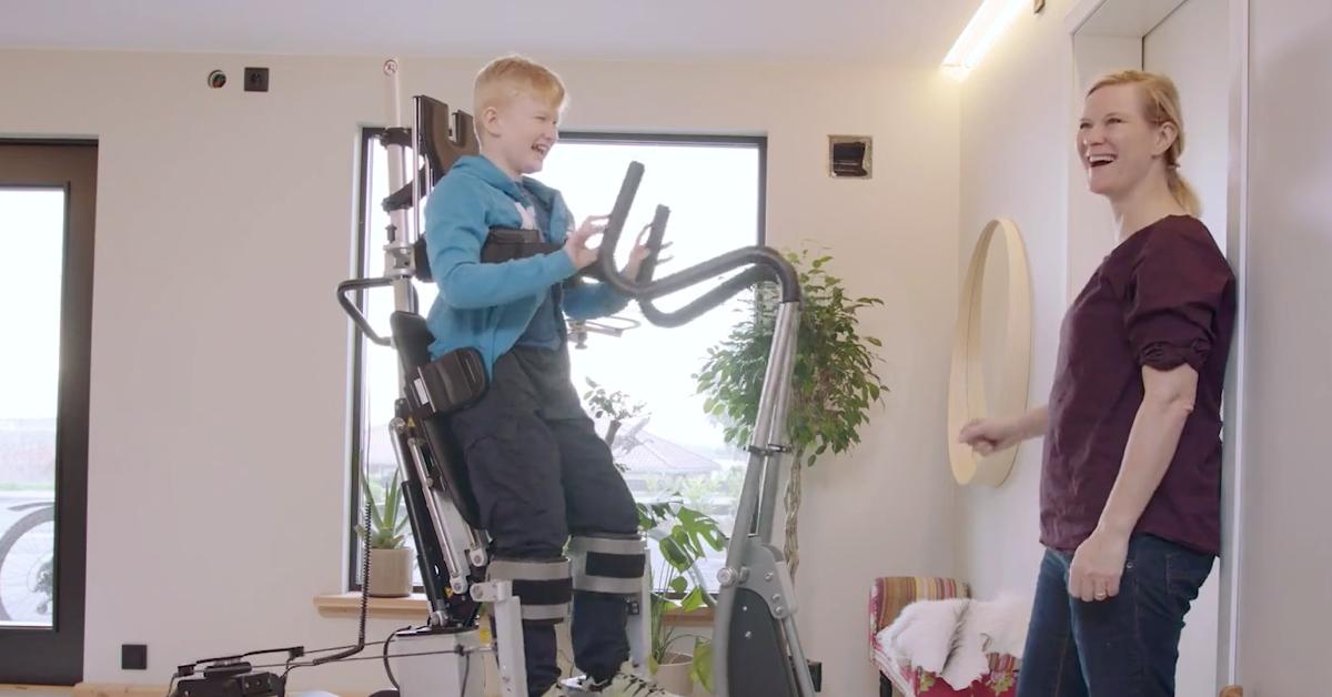 [Video] Niels fikk betydelig forbedret leddbevegelighet ved hjelp av Innowalk